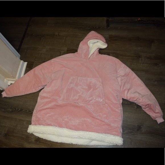 Comfy hoodie blanket